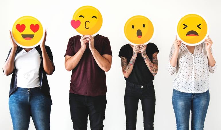 socialmedia-reactions